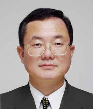 Edmund  Li